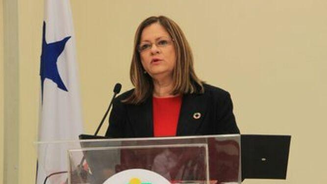 'Coordinación del Minsa y la CSS no implica una fusión', dice la ministra Rosario Turner