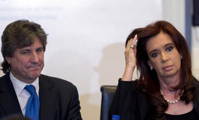 Vicepresidente argentino se presenta ante el juez