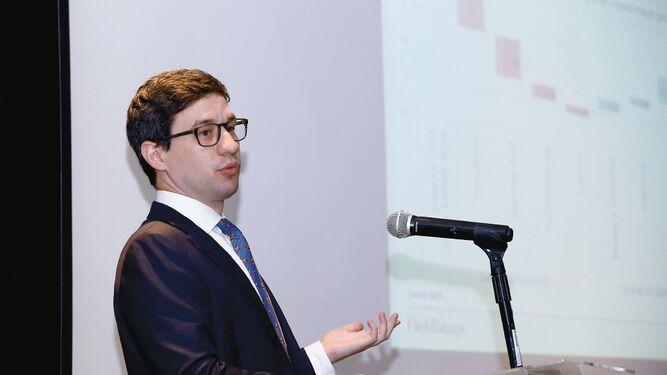 Dispensa reduciría la credibilidad fiscal: Fitch