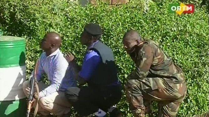 Francia pide a sus nacionales en Malí no salir de sus casas