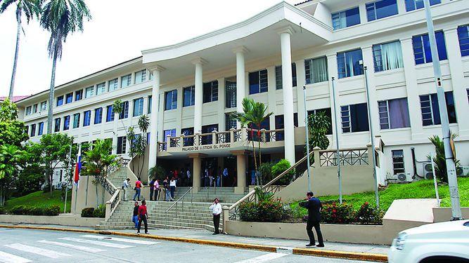 El Órgano Judicial sí tiene fondos para viajes
