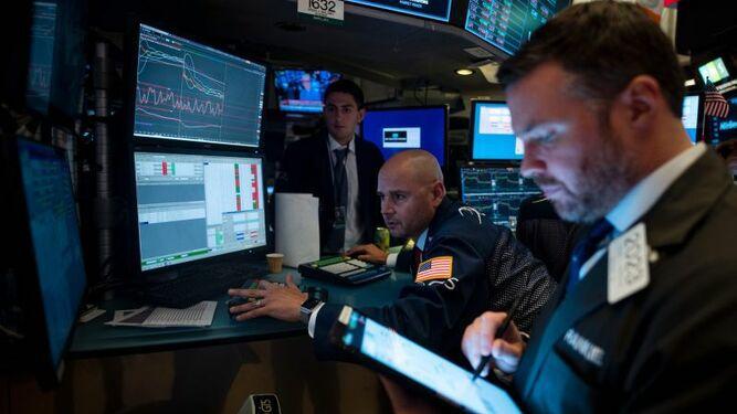 Wall Street se hunde ante temores de una recesión