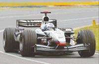 David Coulthard pone fin al dominio de Ferrari y 'Shumi'