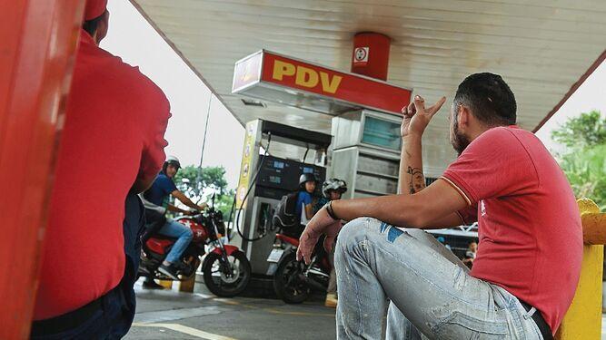 616 mil barriles de gasolina rusa llegan a Venezuela