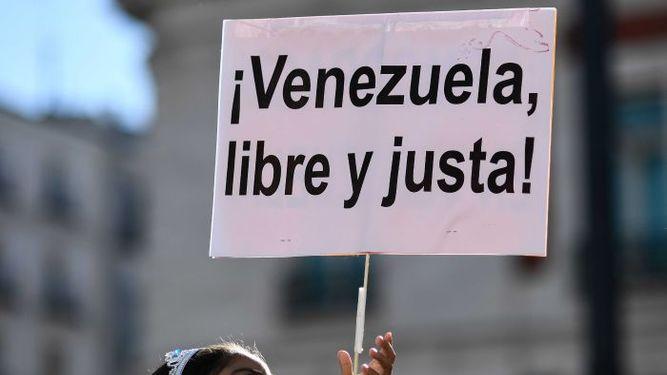 Liberan a dos corresponsales de CNN y Caracol retenidas en Venezuela