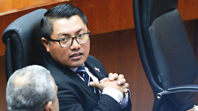 Arquesio Arias no podrá ir a la Asamblea Nacional, pero le pagarán salario