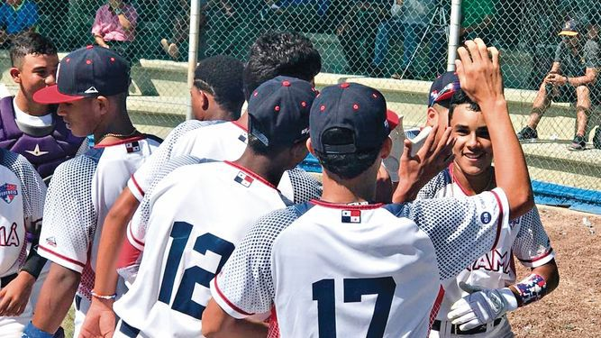 Panamá le quita un triunfo a Dominicana en Panamericano