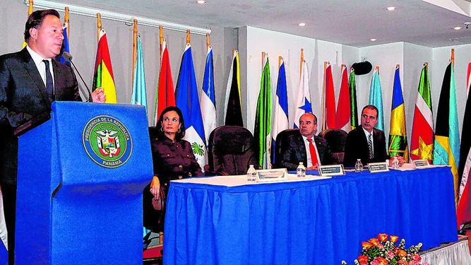 'Panamá vive en democracia'