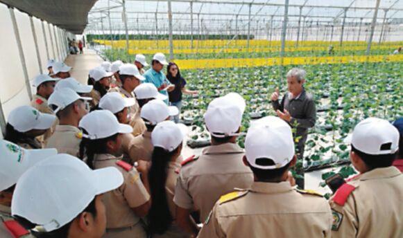 Bachilleres agropecuarios van al campo