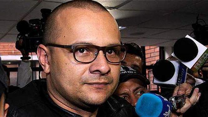 Justicia colombiana condena a 10 años a hacker que espió proceso de paz
