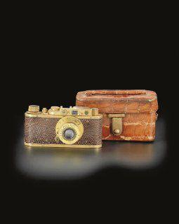 Leica chapada en oro, vendida por 620 MIL dólares