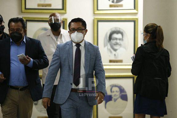 Pleno de la Corte Suprema declara al diputado Arquesio Arias no culpable por delitos sexuales