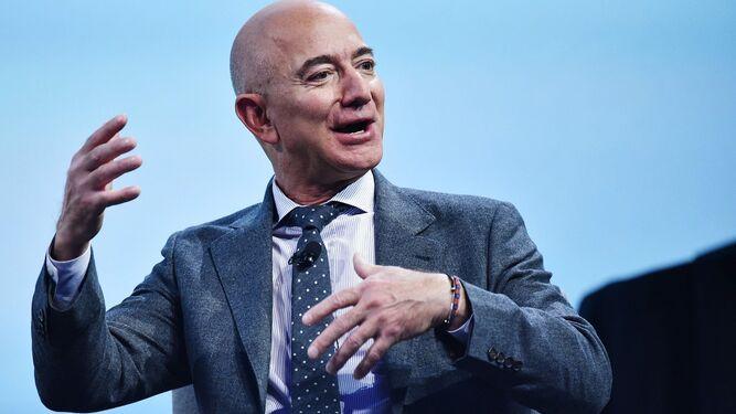 Jeff Bezos une fuerzas con gigantes aeroespaciales para ir a la Luna