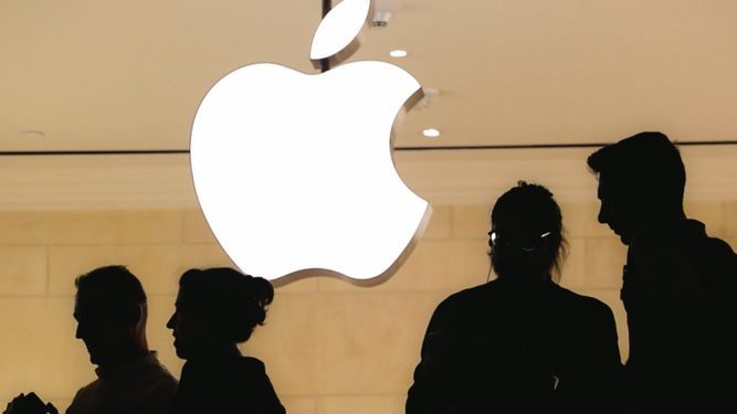 Aprietos de Apple no disminuyen su potencial