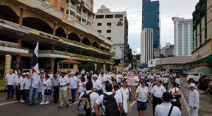 Efectúan marcha para 'defender' a la familia panameña