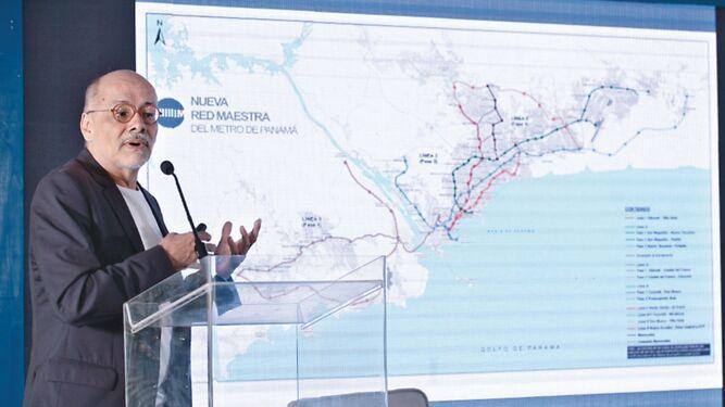 Álvaro Uribe: reordenamiento urbano de la ciudad de Panamá es impostergable
