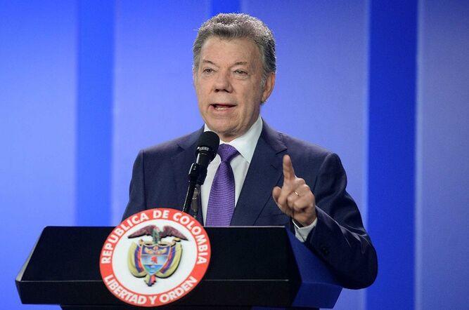 El cambio climático es 'peor' que una guerra nuclear, advierte Juan Manuel Santos