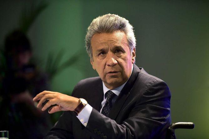 Ecuador: presidente Lenín Moreno venderá avión y bajará sueldo a funcionarios