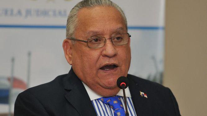Rosas solicitará separación y arresto domiciliario de Benavides