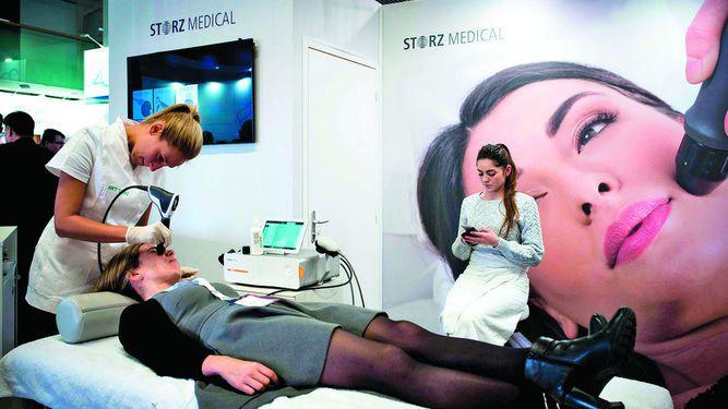 Sector de cirugía estética crece 8%
