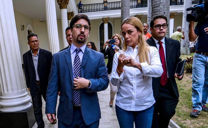 Lilian Tintori advierte que gobierno de Maduro persigue al diputado Freddy Guevara