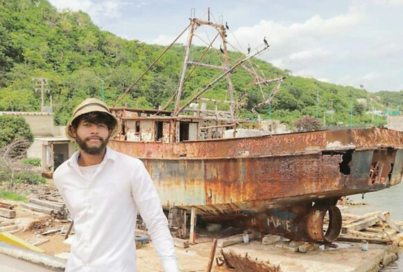 El arqueólogo y el mar