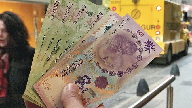 Argentina suma otro mes en recesión