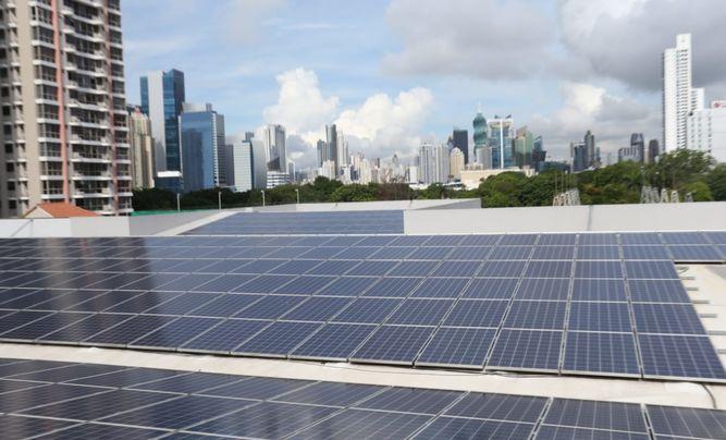 ASEP da un paso atrás con el 'impuesto al sol'