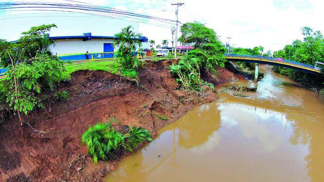 Recomiendan ampliar cauce del río Juan Díaz