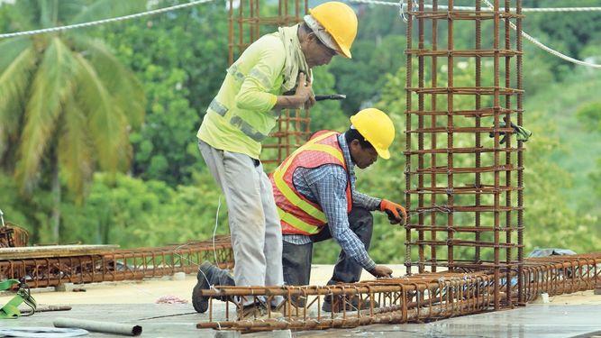 Producción de materiales sufre impacto de huelga